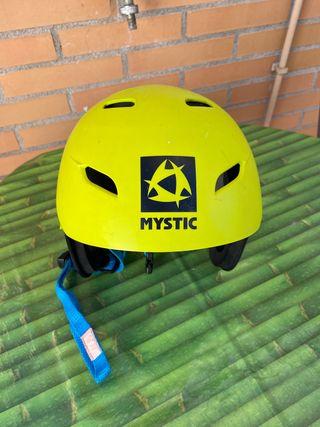 Casco práctica deportes acuaticos Mystic talla S