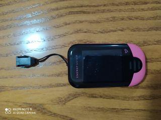 Reproductor MP3. Incluye cargador
