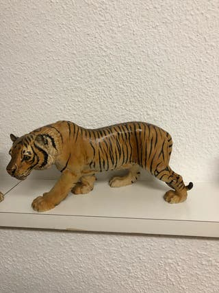 Escultura dos tigres