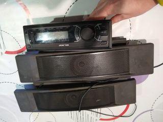 Radio coche y altavoces
