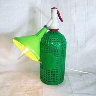 Lámpara botella sifón verde