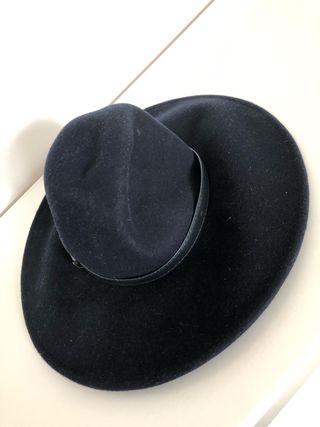 Anthropologie hat