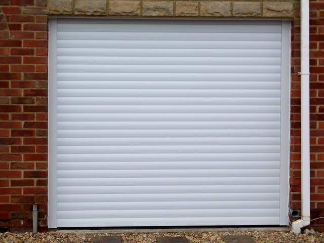 Electric shutter roller door