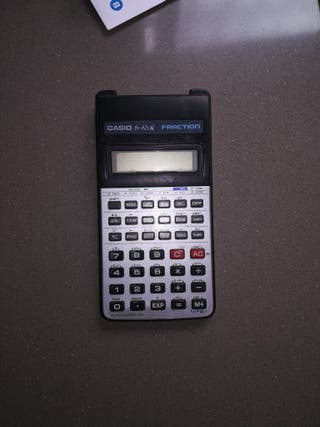 calculadora científica Casio fx82 lb