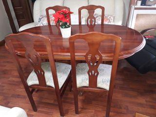 Mesa comedor 1.5m (2metros extensibles) + 4 sillas