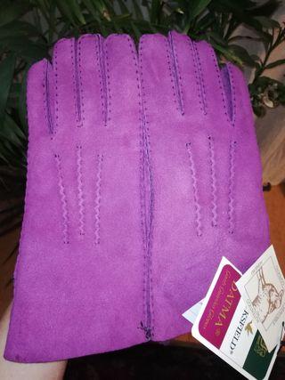 guantes morados piel cordero merino T-S.