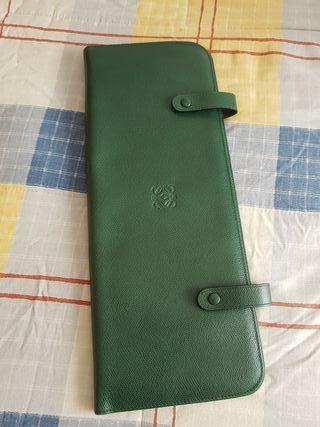 Colgador de Corbatas y Pañuelos de Loewe