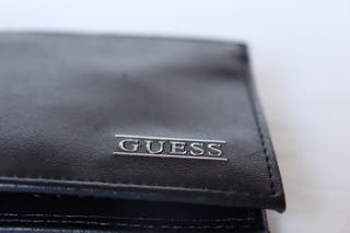 Cartera/billetera Guess