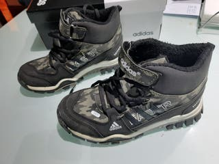 Zapatillas-botas Adidas Terrex T 32