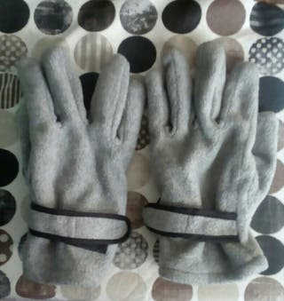 guantes grises mujer