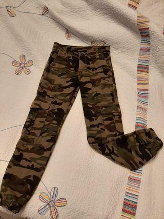 Pantalón camuflaje niñ@ T 8 años