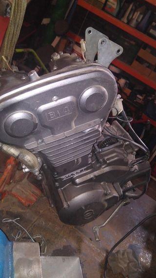 motor Gilera RC 600