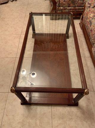 Mesa de madera y cristal