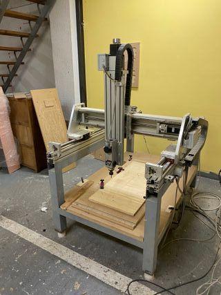 Fresadora cnc y material de luthier