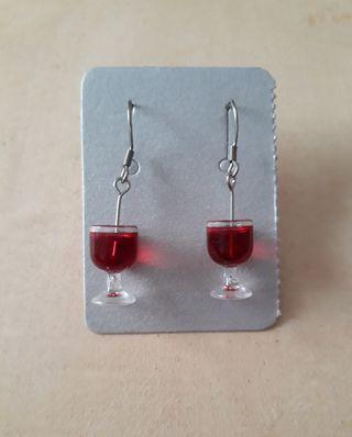 Pendientes copas vino