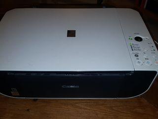 Impresora Multifunción a Color Canon MP 190