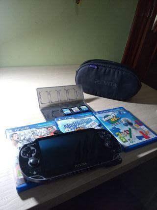 PS Vita + funda + juegos