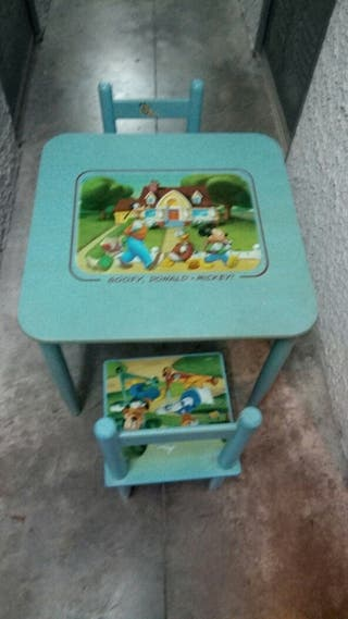 Mesa infantil y 2 sillas Disney