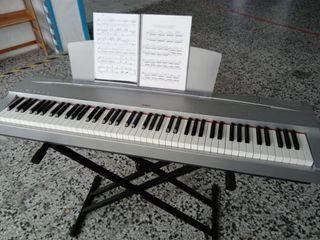 Piano teclado Yamaha P70