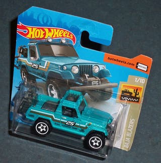 Coche JEEP Commando '67 - HOT WHEELS 1/64