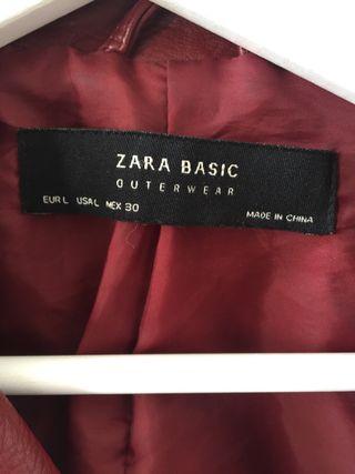 Cazadora Zara