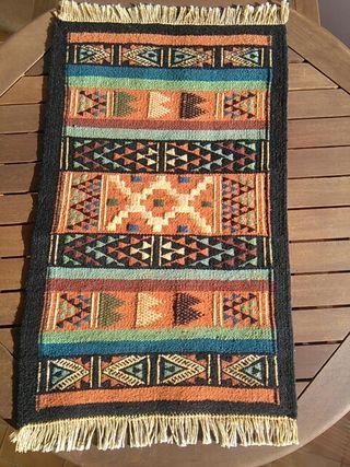 Kilim artesanal de lana nuevo