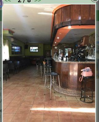 bar + vivienda traspaso 3000€ (opción compra)