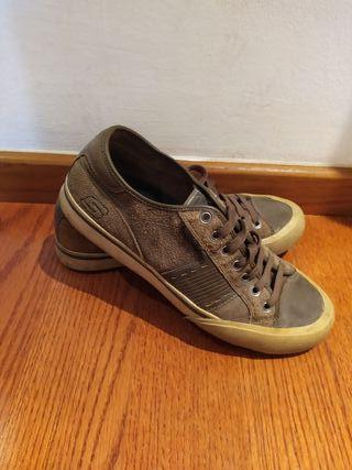 Zapatillas Skechers de segunda mano en la provincia de