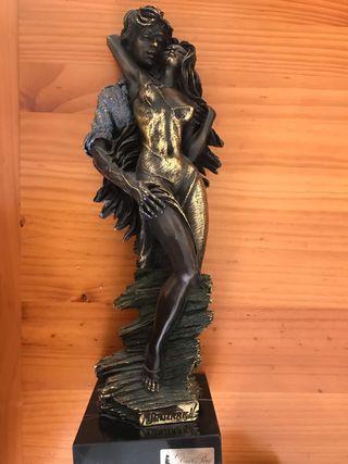 Escultura M. Senserrich firmada