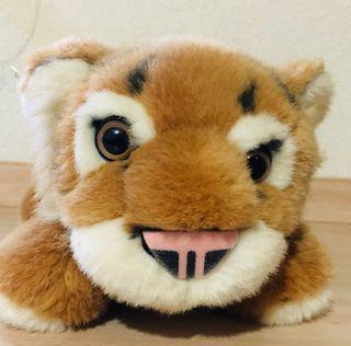 Peluche tigre.