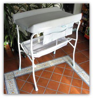 Cambiador de bebé plegable