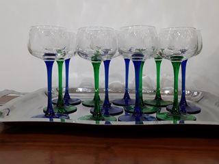 12 verres à vin blanc en cristal de baccarat