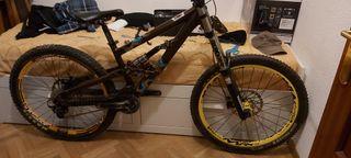 Bici de freeride/ descenso Scott voltage fr