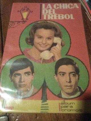 album de cromos COMPLETO la chica del trebol