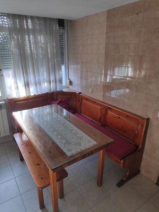 Mesa rinconera de cocina