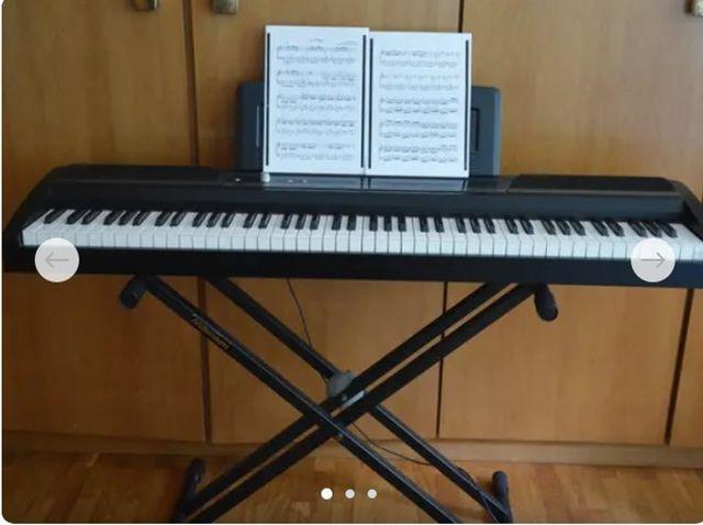 PIANO DIGITAL Korg SP 170S BK + banqueta Thomann