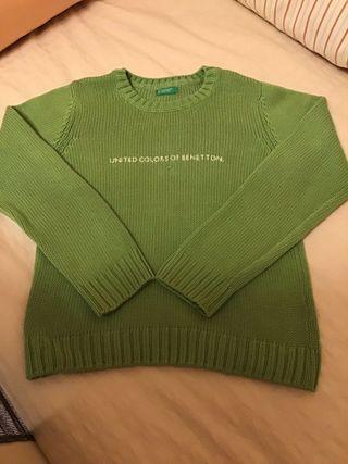 Jersey Benetton color verde. Talla 6-7 años.