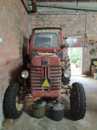 Tractor SACA SEVILLA
