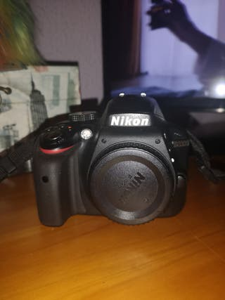 Nikon D3300 cuerpo