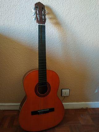 Guitarra clásica Mariano Biu 1980