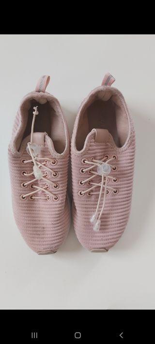 Dos zapatillas