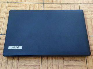 Portátil Acer Travelmate 5744Z