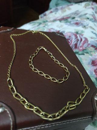 pulsera y gargantilla chapada en oro