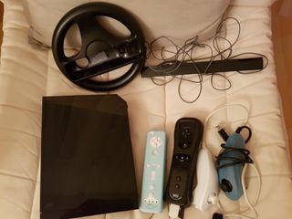 Wii Nintendo con mandos, juegos, nunchuk y varios