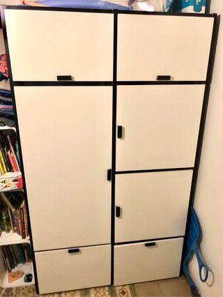 2 Armarios (blanco/negro) IKEA Odda