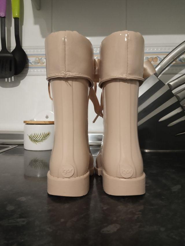 Botas de agua de charol