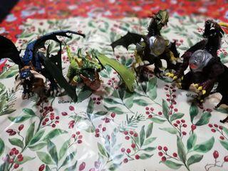 Juguetes de dragones.