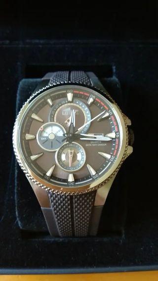 Reloj LOTUS modelo 18318