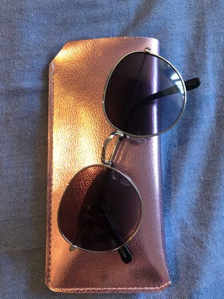 Gafas de sol con funda
