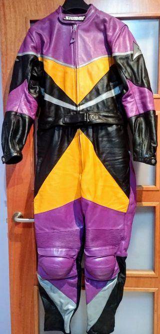 Mono de moto ( + botas y guantes )